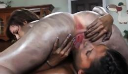 Two dirty young bitchy girls are screaming while are in harsh pose 69